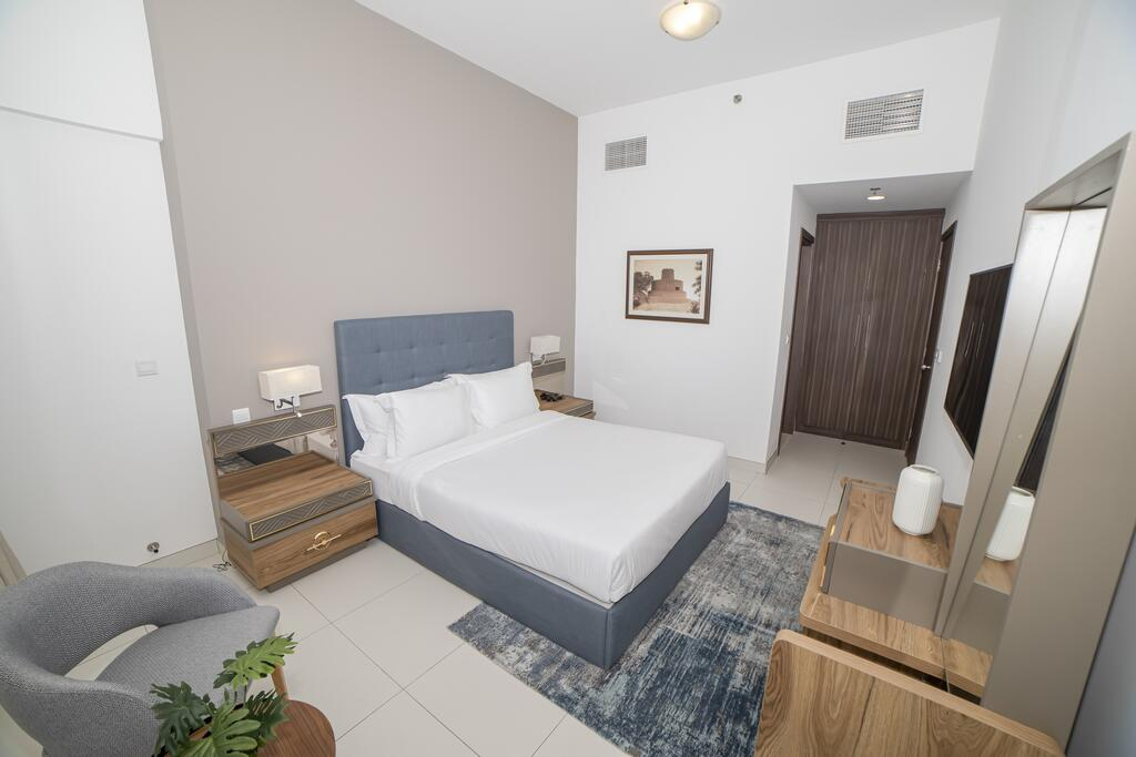 1 BR + Guest Suite W/Pool, Gym, Balcony - Tourism UAE