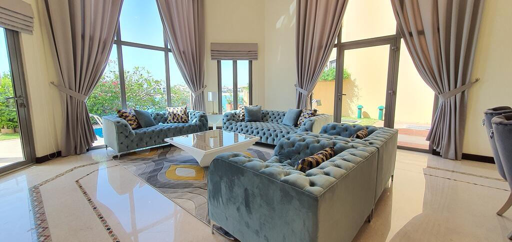 Best Palm Jumeirah Beachfront Villa 5 Bedroom with private pool by Stay Here Holiday Homes - Tourism UAE