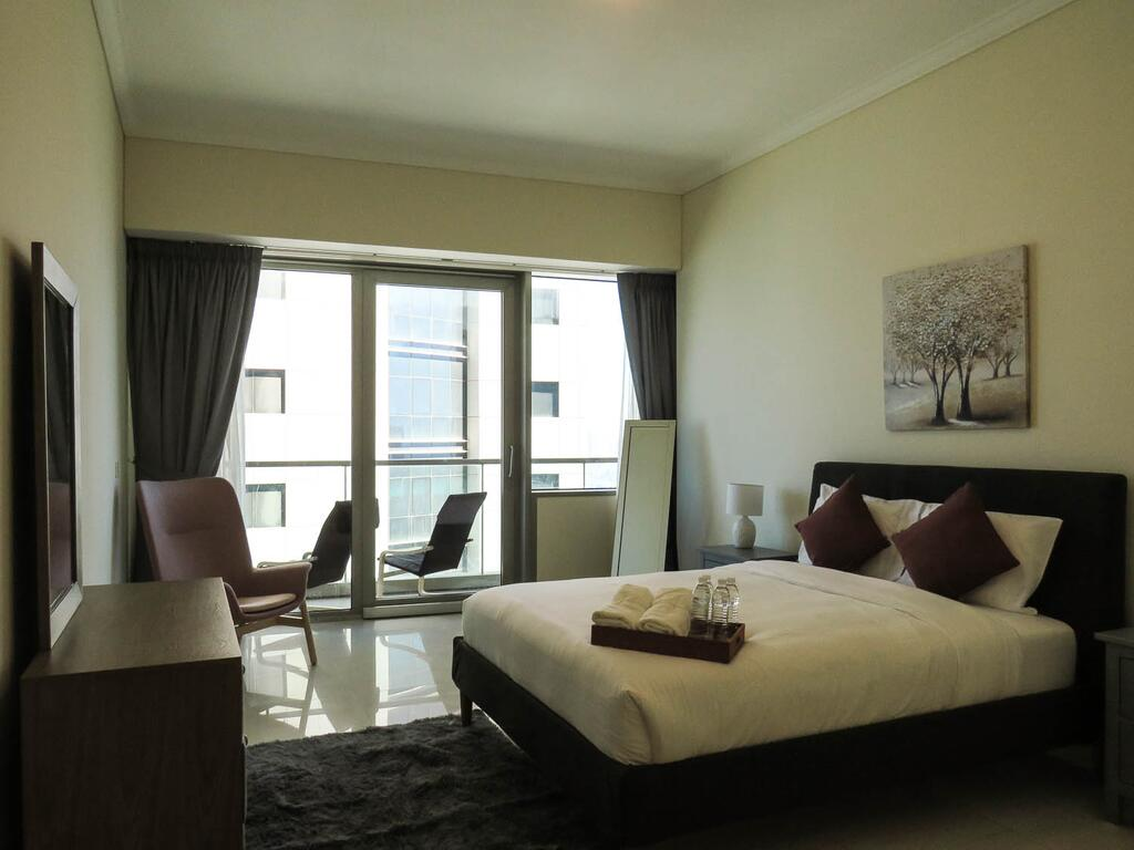 Comfortable Partial Palm View 1 BR Dubai Marina - Tourism UAE